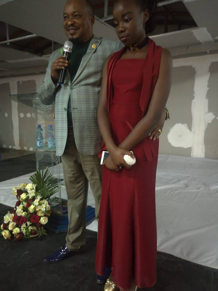 Prophet Elisha Muliri with his 11 year old daughter Wonder Glory when they visited Nairobi