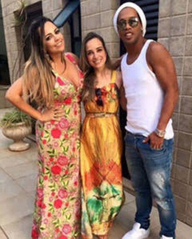 Ronaldinho with his girlfriends Priscilla Coelho and Beatriz Souza