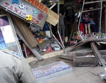 Drunk Matatu driver drives straight into a shop in CBD then runs away(photos)