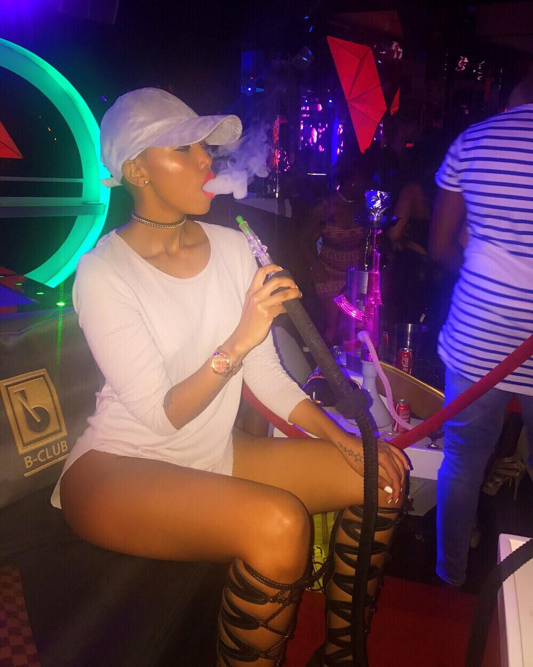 Huddah Monroe smoking shisha at B-Club in Nairobi