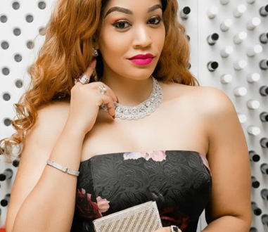 Zari thanks her fans for always supporting her after clocking 4 Million followers on Instagram