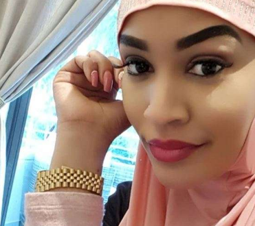 Fan to Zari: Are you a Christian or a Muslim because you praise both Allah and God