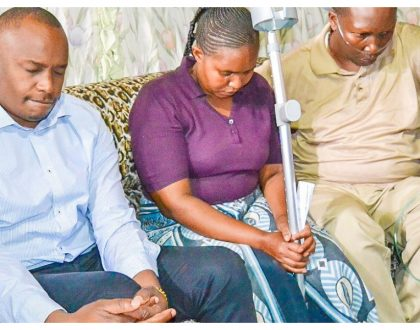 Jaguar rewarded after he broke his leg while defending traders atMuthurwa, Marikiti and Wakulima markets (Photos)