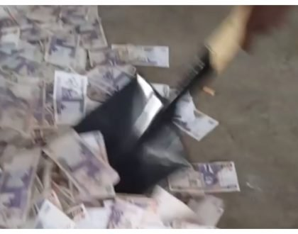 NYS things! Eric Omondi stir up a lot of emotions as he is seen using a spade to scoop money into a bag