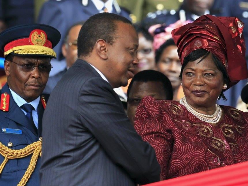 Boniface Mwangi: Jomo Kenyatta and Mama Ngina Kenyatta are thieves, if Uhuru is not a thief prove it