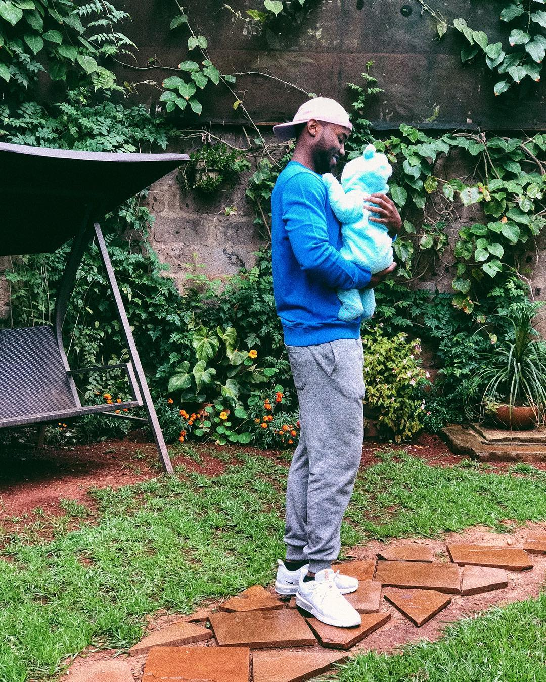Nick Mutuma with his daughter