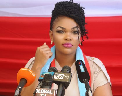 Wema forced to address rumors that she's dating unidentified man after love messages to went viral