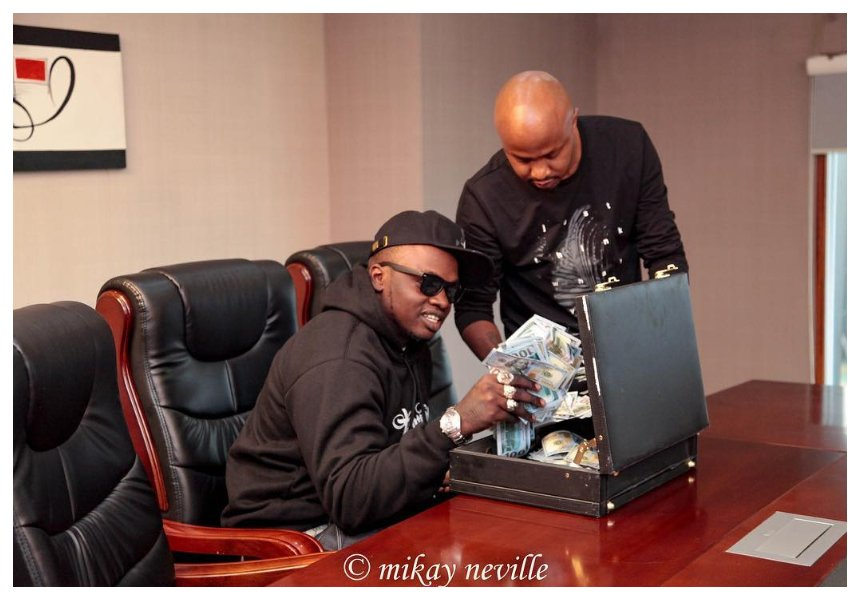 Khaligraph Jones scoops prestigious award at AFRIMMA in Dallas Texas