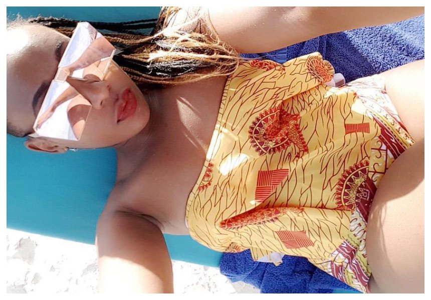 Sultry singer Cara Feral travels to Dubai to unwind (Photos)