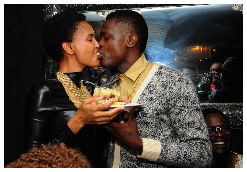 Prank? Jose Chameleone reunites with wife after much publicized breakup (Photo)