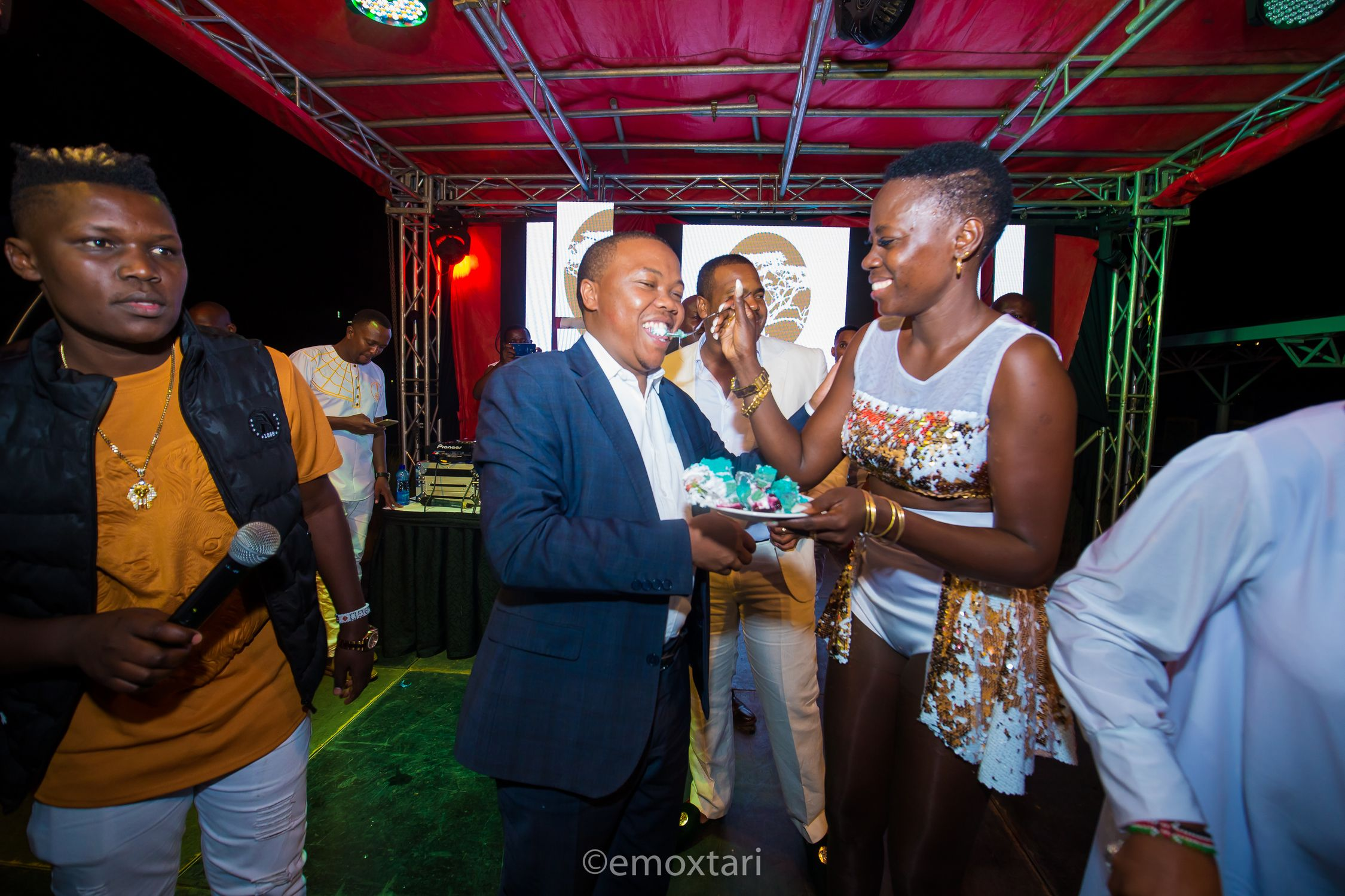 Akothee cheating on Nelly Oaks with comedian Owago Onyiro for a year? They speak