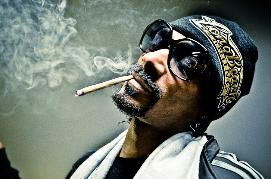 After 'Kuliko Jana' Snoop Dogg shares controversial twerk dance 'Sengeli' on his IG