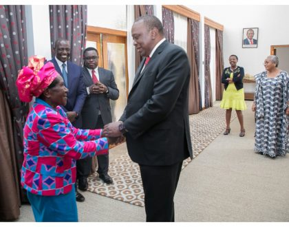 Midwife who helped Mama Ngina deliver Uhuru finally reunites with the president after 56 years (Photos)