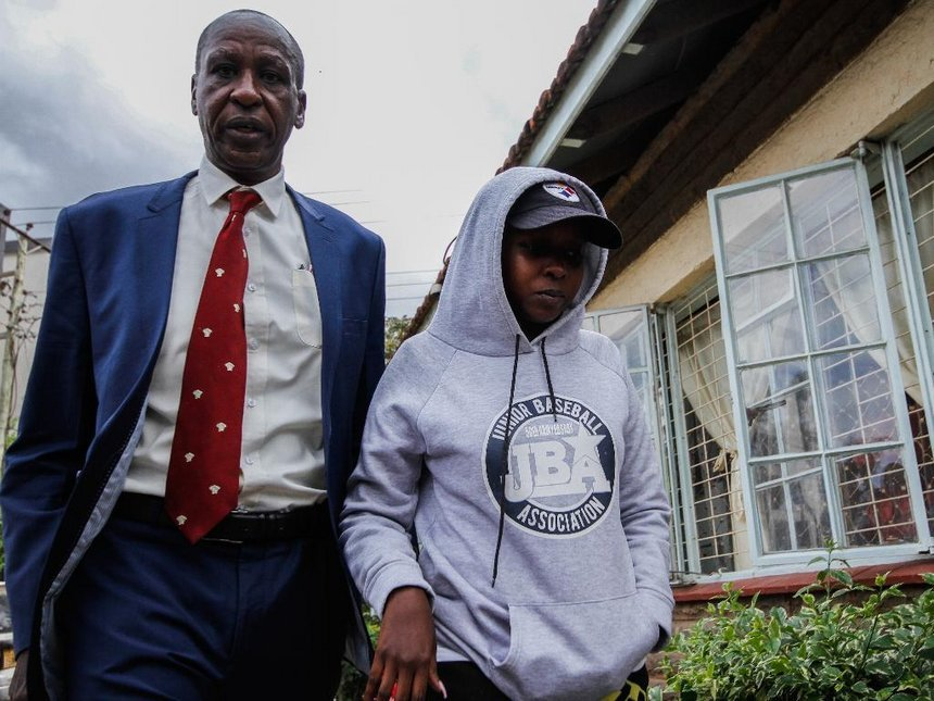 Jacque Maribe with her father at Kilimani Police Station when she was summoned on Thursday September 27th