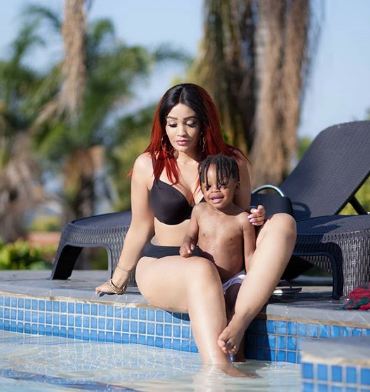 """My new man is enjoying this buffet!"" Zari attacks bongo fans after criticizing her bikini photos"