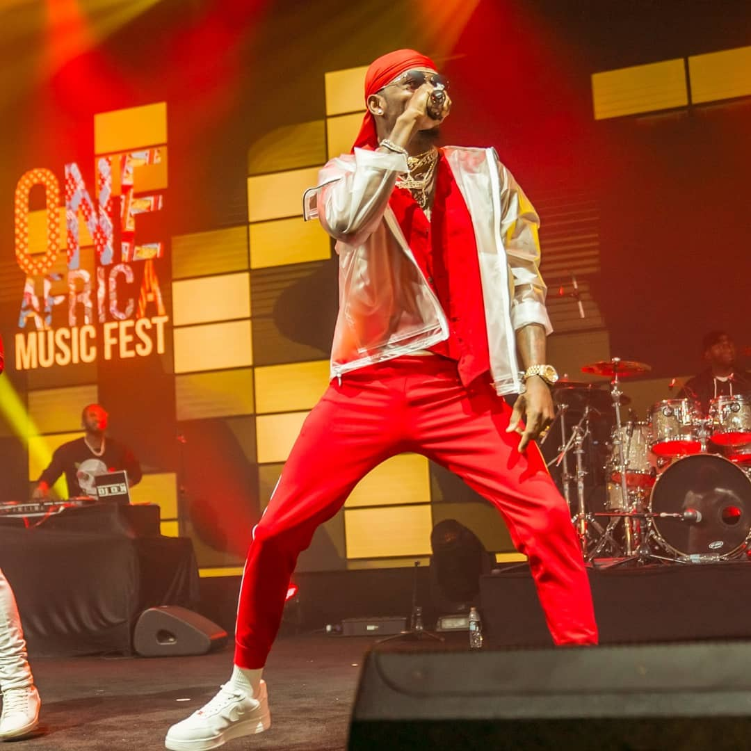 Diamond performing at One Africa Music Festival in Dubai