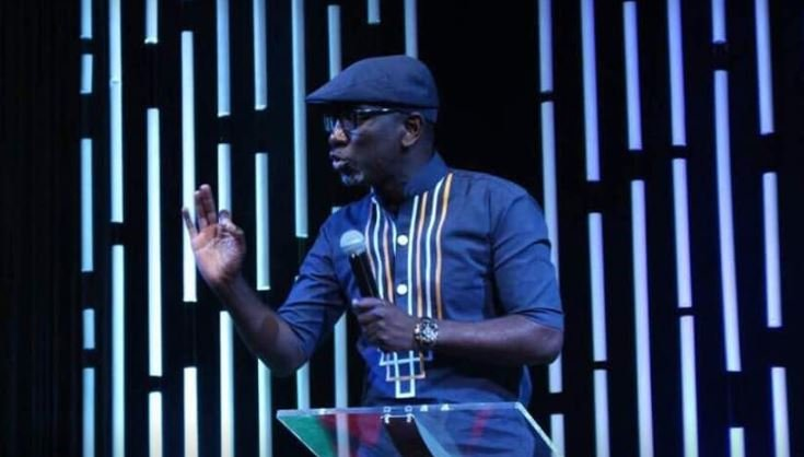 Slay King! Pastor Robert Burale explains why he wears a hat even in church