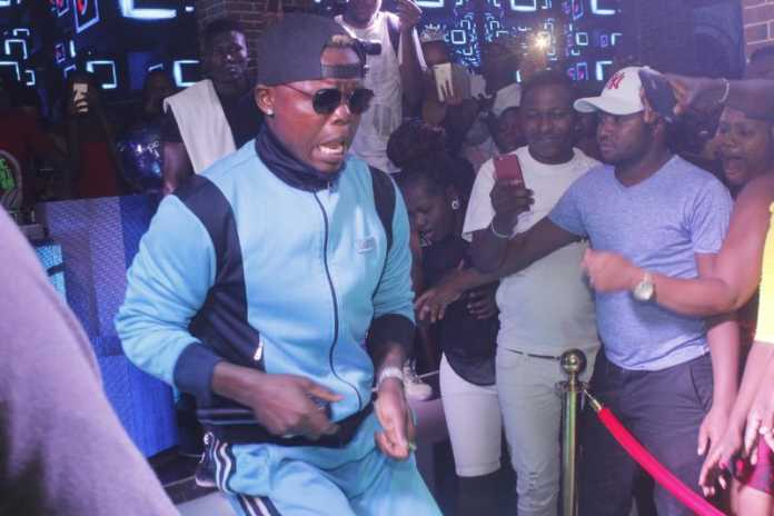 Harmonize tears apart Kenyan promoters: I will only perform in Kenya if they are ready to work