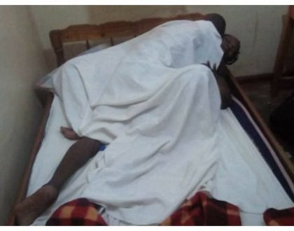 It's wasn't police officer who got stuck, it was a matatu tout! Identities of lovers stuck in Vihiga revealed