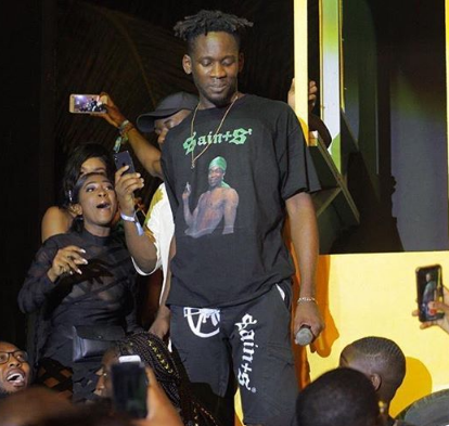Nigerian singer Mr Eazi confirms Kenyan artists worst nightmare: Kenyans love foreign music more