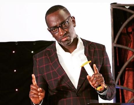 Na usitume hata ya kutoa! Pastor Robert Burale asks boy child to avoid ladies who always ask for bus fare