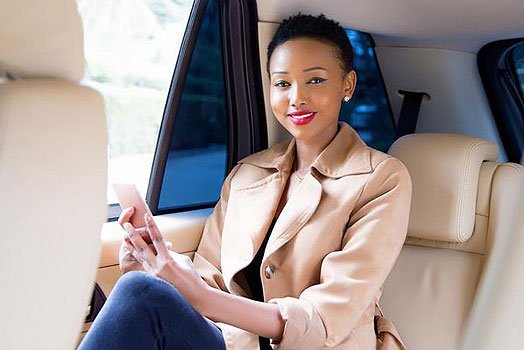 The guts! Huddah Monroe demands Kenyans´ votes as she vies for Presidential seat after insulting Kenya