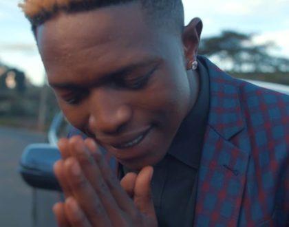 Mr.Seed; kwa jina la Yesu na 'Simama'
