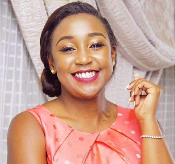 """Nimepata ya Kunyonga!"" Female fan openly salivates over Betty Kyallo's new bikini photo"
