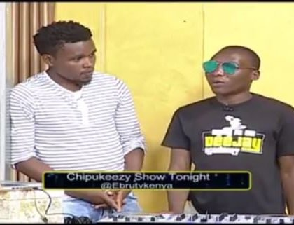 Comedian Chipukeezy gifts upcoming DJ Ksh 100,000 to help focus on his career