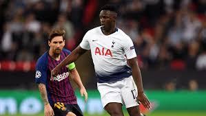 Victor Wanyama, background, Messi