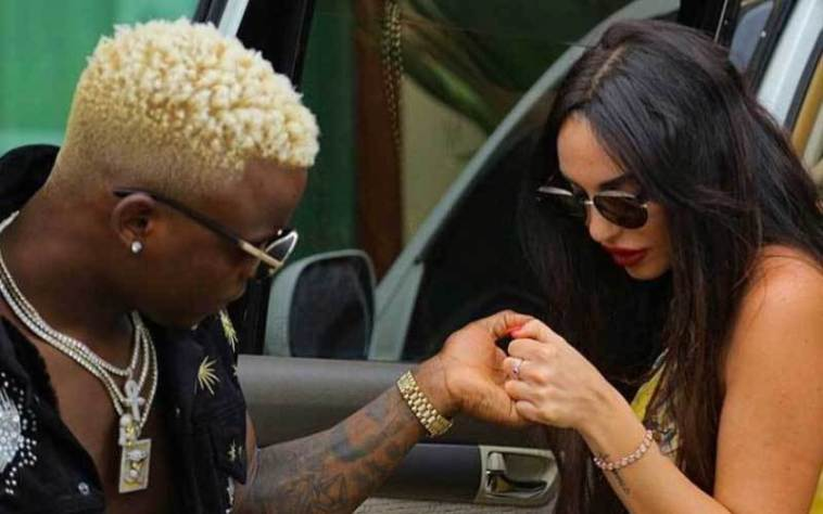 Harmonize sends the Internet into a frenzy after tattoing Italian girlfriend´s name on his arm