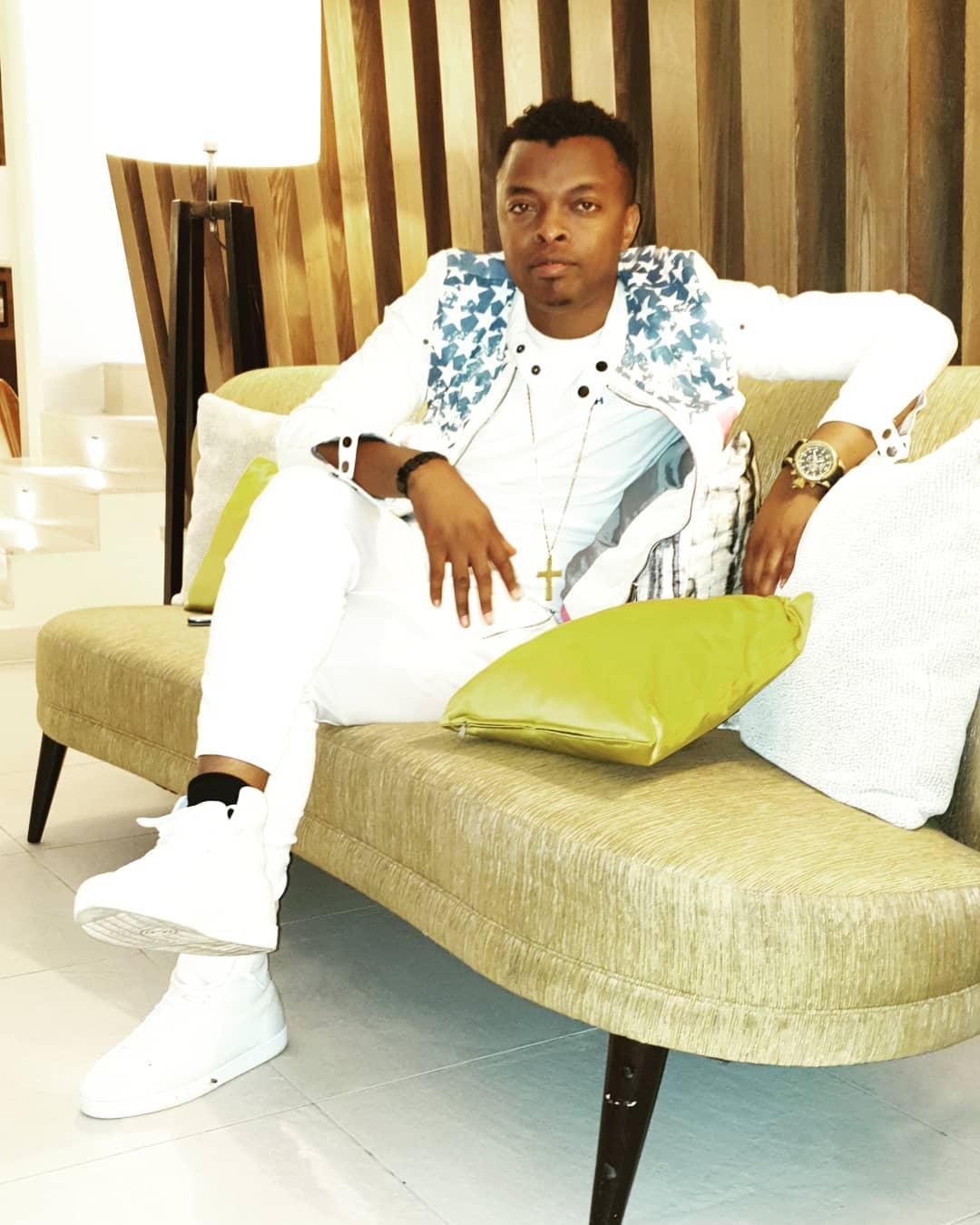 Vijanaaaa..! Ringtone declares self most handsome singer in Kenya, rewards self with a new car