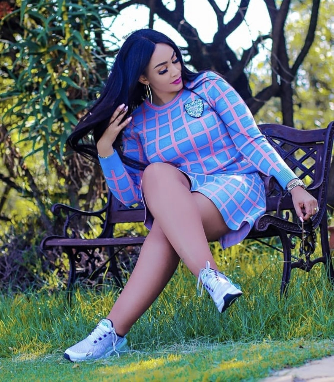 """You keep hating me because you're all ugly!"" Zari Hassan responds after her real age is exposed"