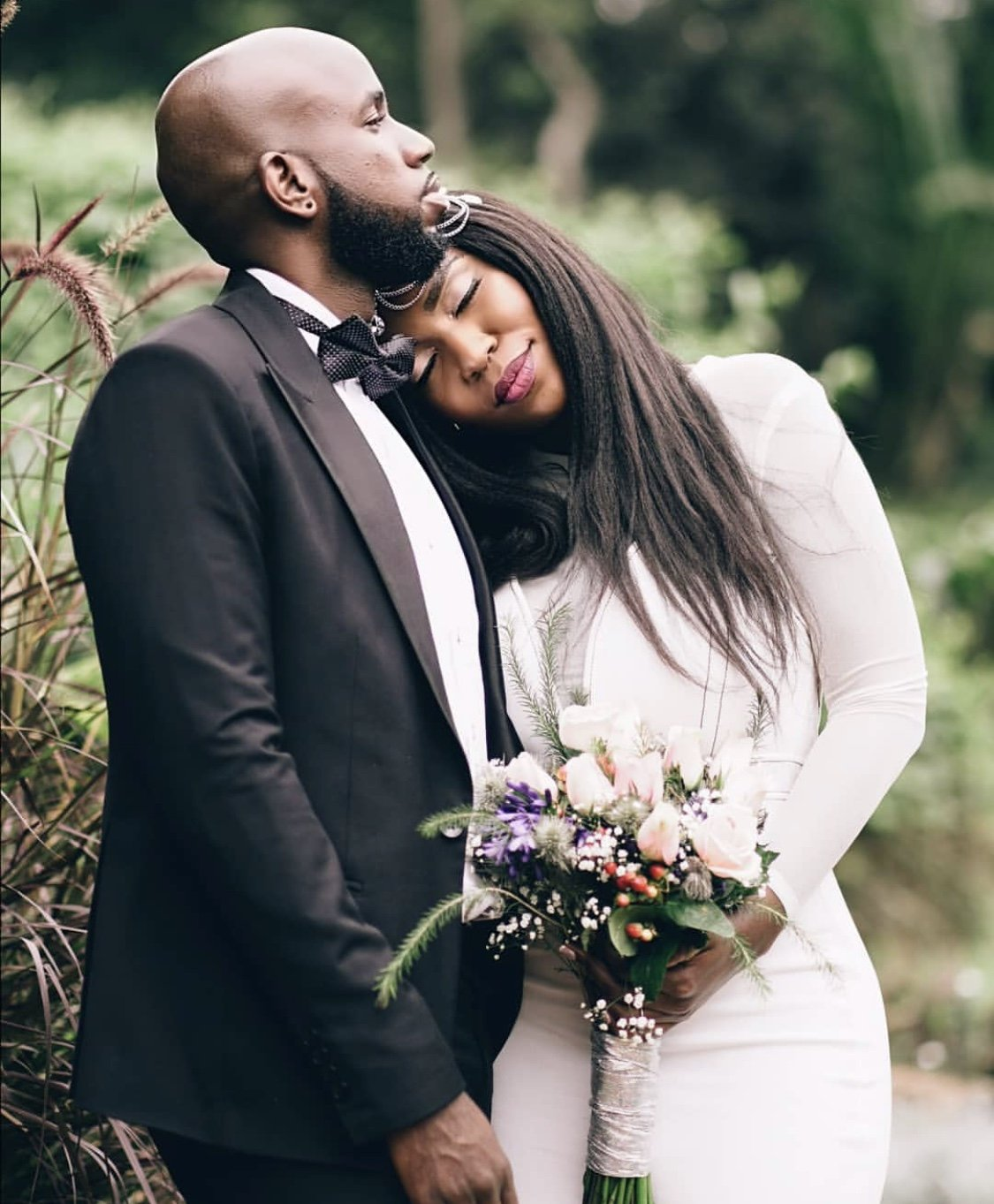 Singer Dela weds the love of her life in a low key wedding (Photos)