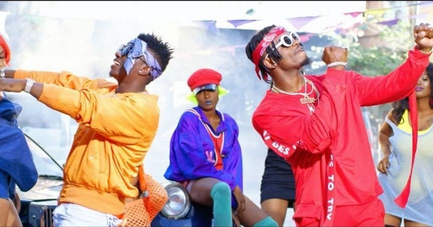 Videos: Diamond and Rayvanny bash Wasafi critics in new club banger ´Vumbi´