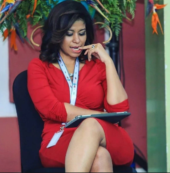 In just a bra and a tiny little short, 45-year-old Julie Gichuru shows what her mama gave her(photo)