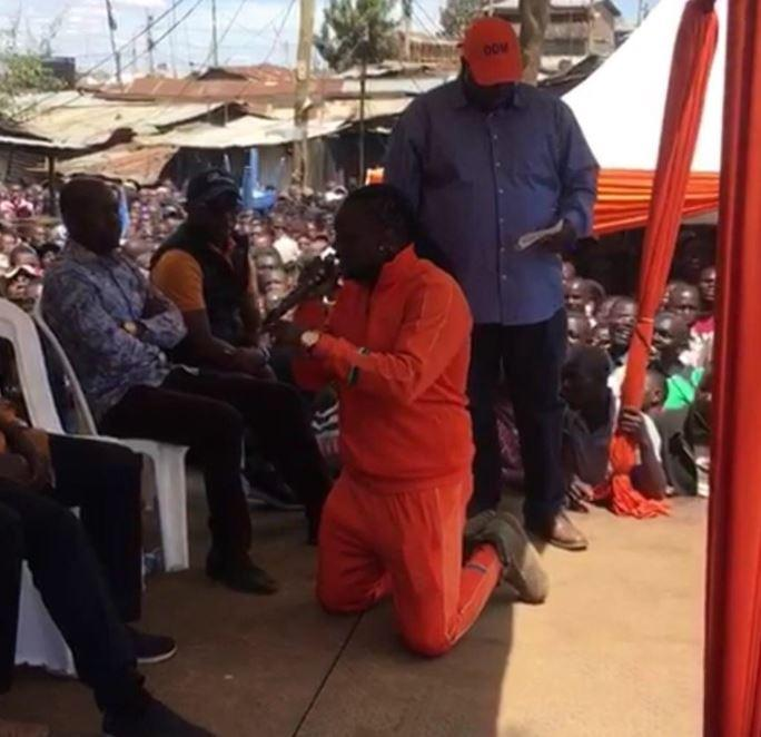 Kriss Darling finally explains why he had to kneel when addressing Baba