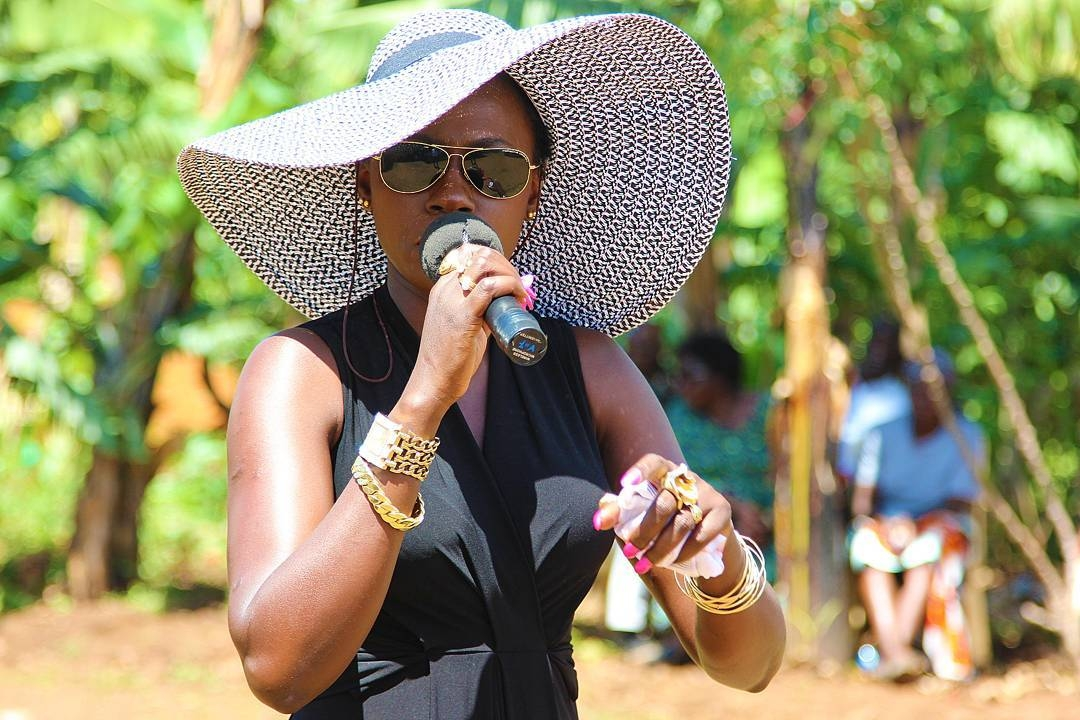 ¨I just want to feel your heartbeat and hug you¨ Akothee cries out woes of being an irresponsible mother