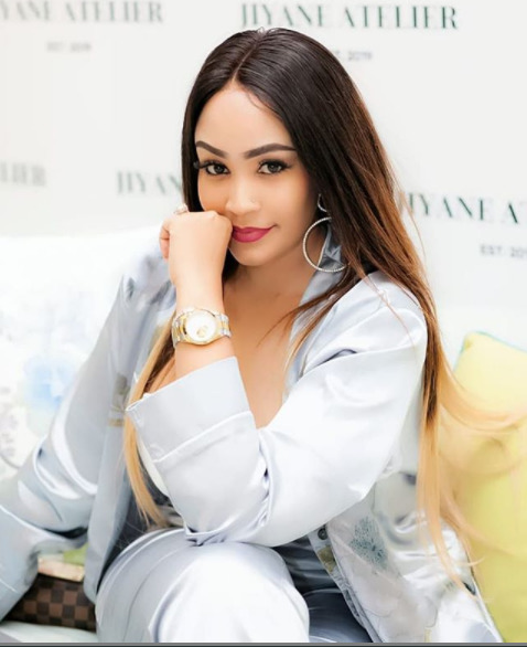 Gone too soon? After claiming Mr M is ´dead´, Zari ditches her wedding ring