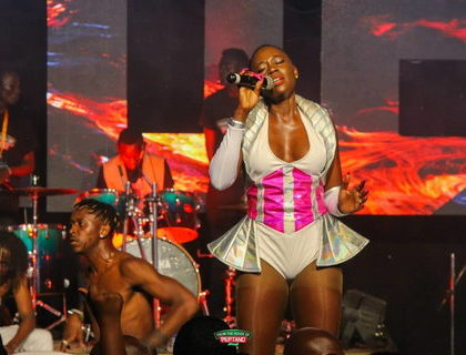 Akothee's manager Nelly Oaks finally reveals why the singer fainted while in stage