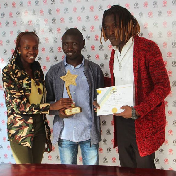 Stivo Simple Boy clinches first ever award, beats music bigwigs at their own game
