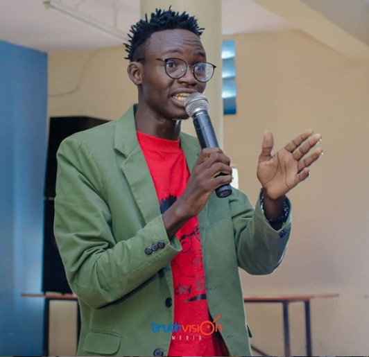 MCA Tricky cunningly responds to Akothee´s demands regarding his hair [Video]