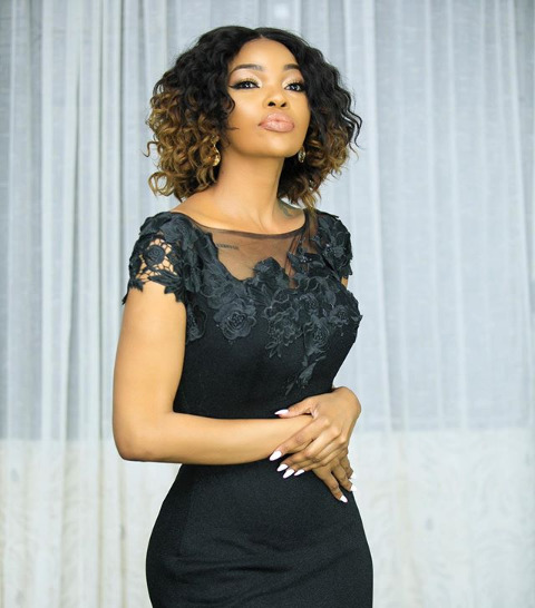 Tumuombee! Wema Sepetu´s severely thin body during brother´s funeral, worries fans