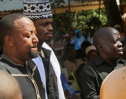 Diamond Platnumz manager weeps uncontrollably during wife's burial! (Video)