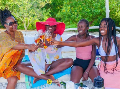 """Don't mess with my kids!"" Akothee hurls unprintable insults at Massawe Japanni, promises to use her as example to the rest"