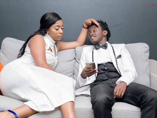 """""""You can do better!"""" Diana Marua blasts Bahati after rejecting his gift on camera (Video)"""