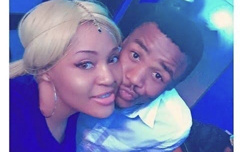 Hawananga adabu! Alikiba's on and off side chick celebrates him with beautiful moving message, fans tag Kiba's wife