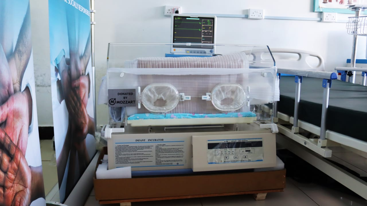 Mama Lucy Kibaki Hospital receives ICU Equipment donation from Mozzart Bet