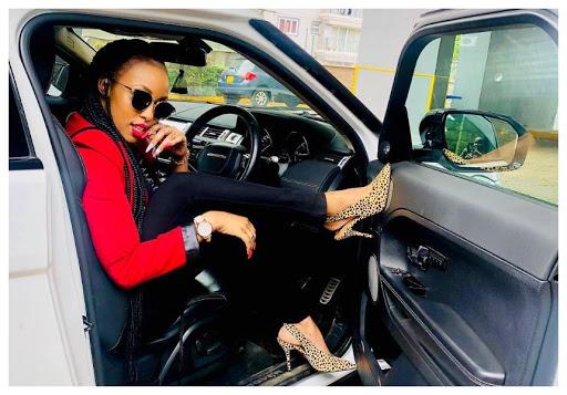 'Mtu Asikudanganye... Pesa Ni Mzuri' Socialite Amber Ray Advices As She Shows Of Jeep