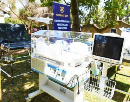 Mozzart arrives at Kombewa Sub-County Hospital in Kisumu with a medical equipment donation worth over Ksh 3 Million